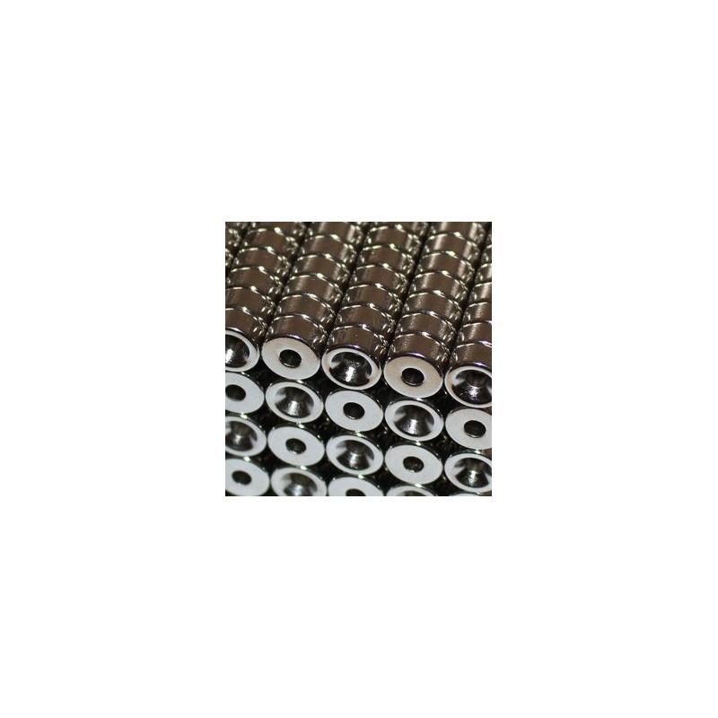 Reiällinen kiekkomagneetti 10x5mm (uppokanta)