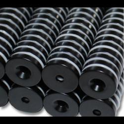 Reiällinen kiekkomagneetti 15x3mm (epoksi)