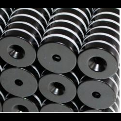 Reiällinen kiekkomagneetti 20x5mm (epoksi)